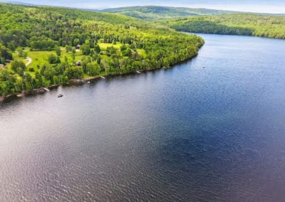 Lakeside views and water access in Rangeley, Maine